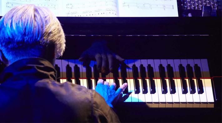 Playing the Piano 2013 in Yokohama